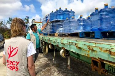 Mercy corps water distribution in the bahamas after hurricane dorian